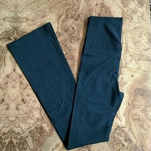 NWOT yoga pants
